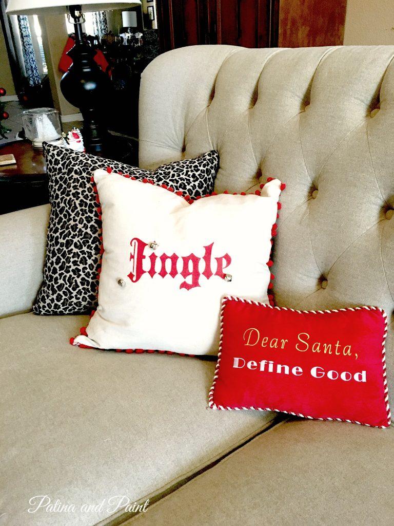 DIY Christmas Friday #4 Jingle Pillow