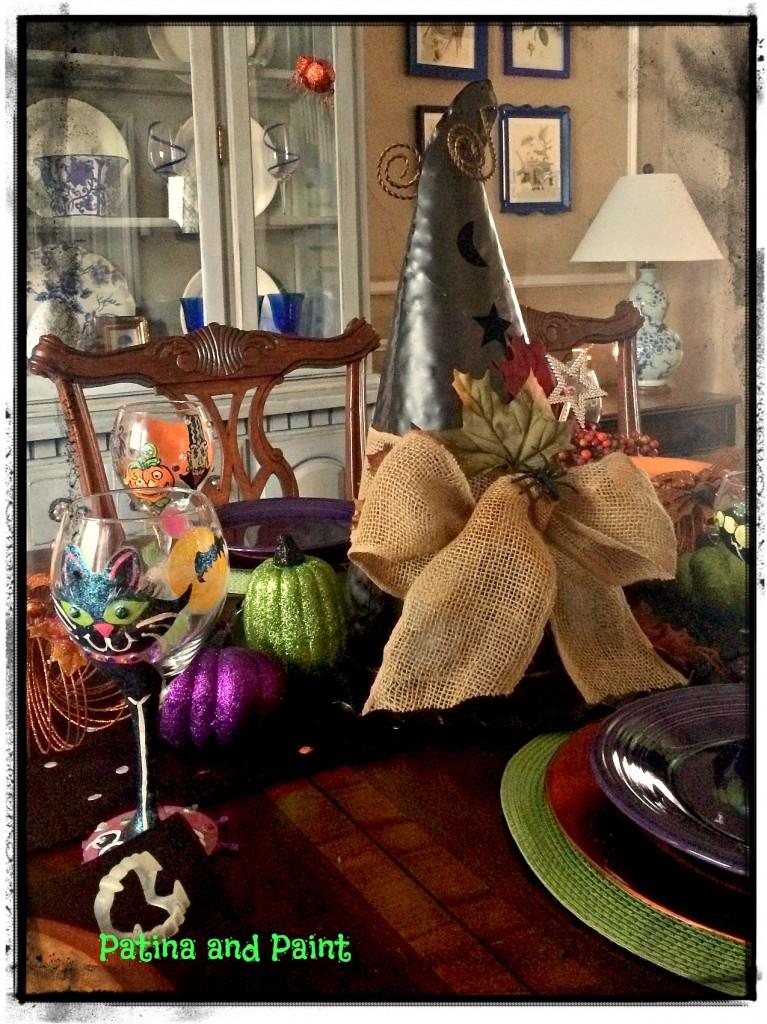 Halloween table 14 1