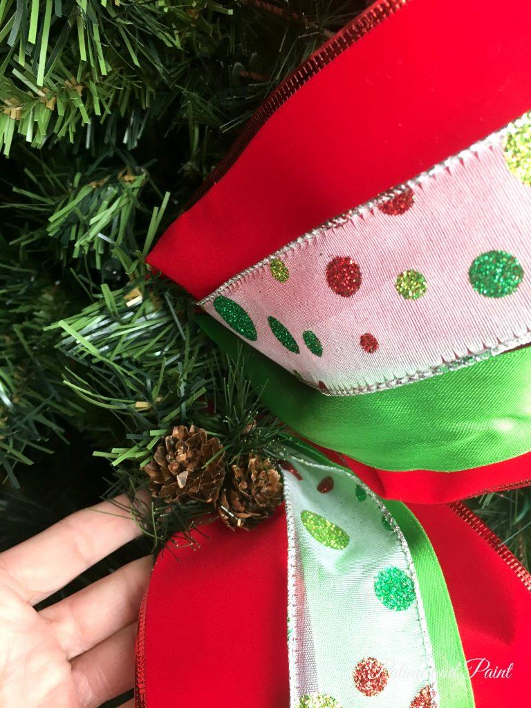 how-i-put-ribbon-on-my-christmas-tree-4