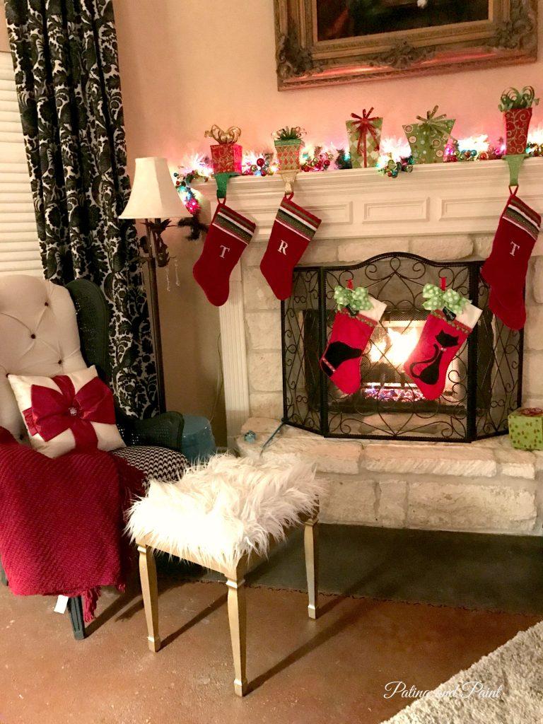 how-i-put-ribbon-on-my-christmas-tree-12