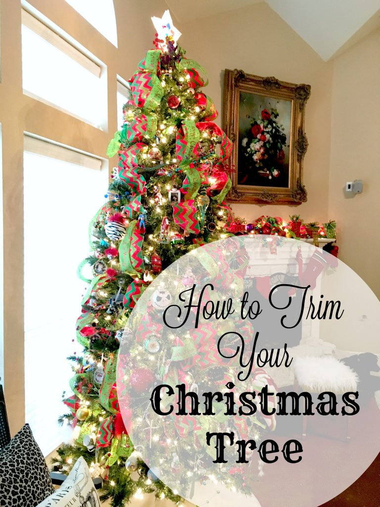 How to trim your christmas tree 1