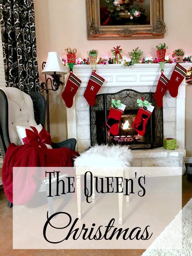 the-queens-christmas-14