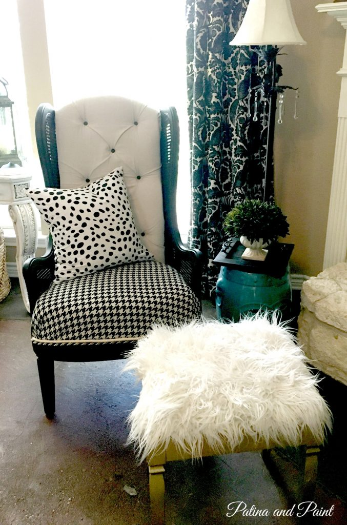black and white chair 1