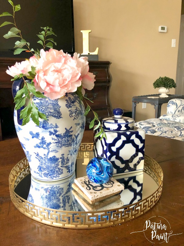blue and white Tablescapes