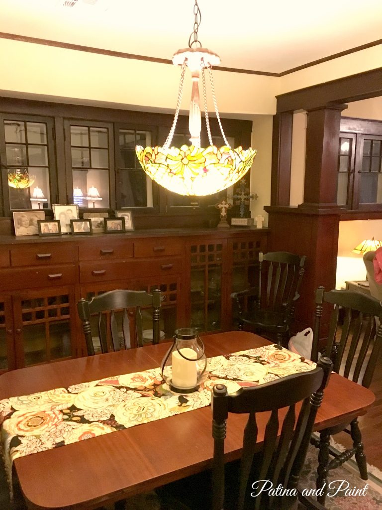 bungalow dining room 1