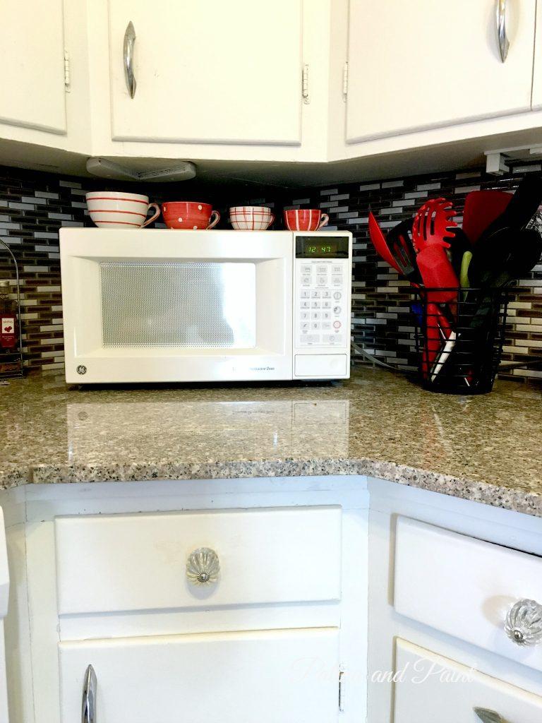 bungalow kitchen 12