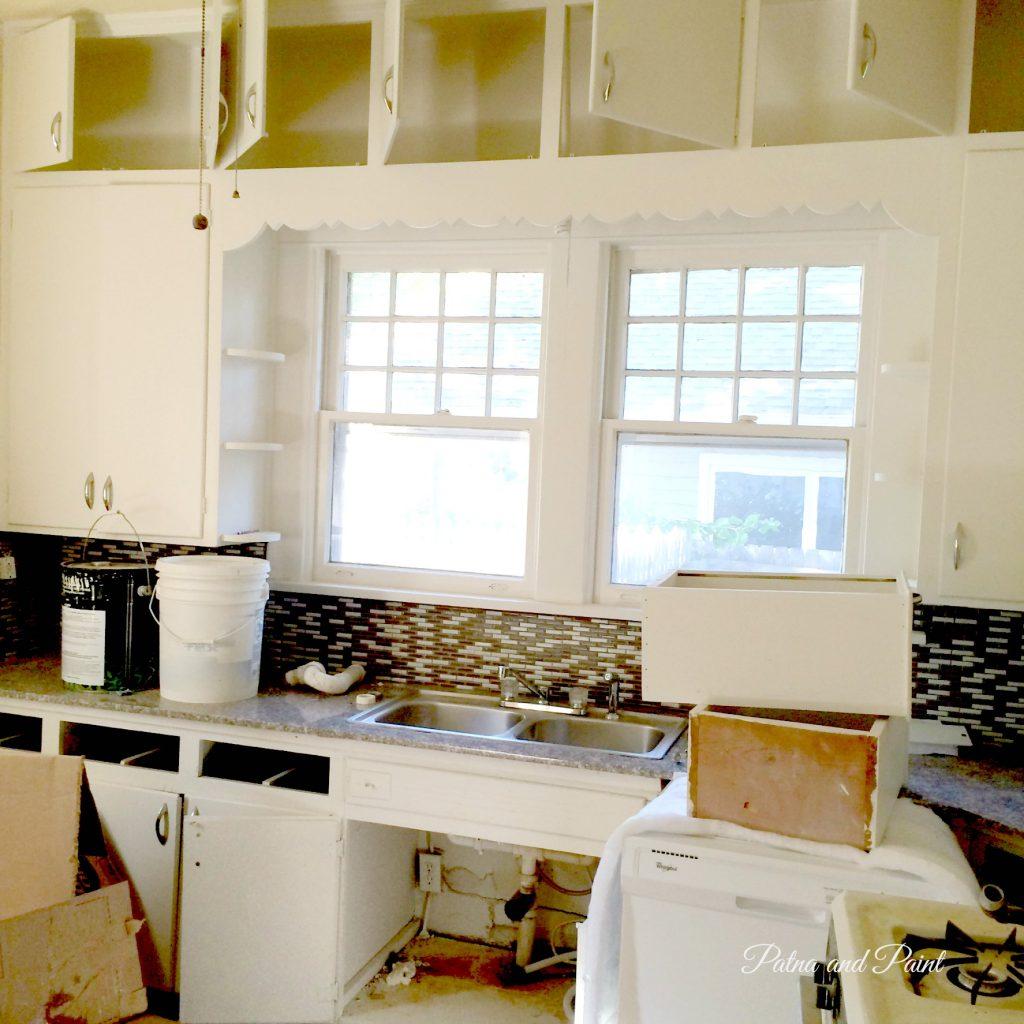 bungalow kitchen 2
