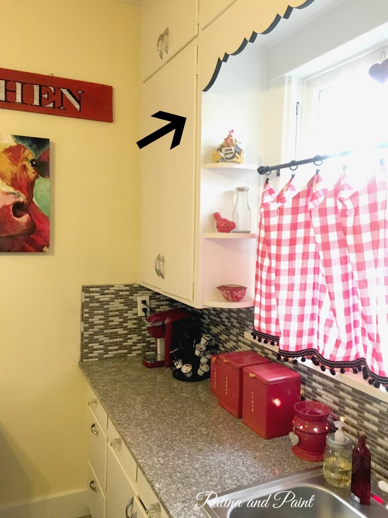 bungalow kitchen 8