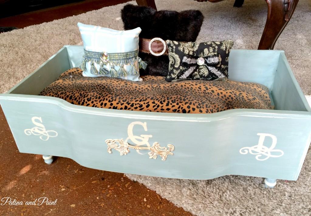 dog bed 1