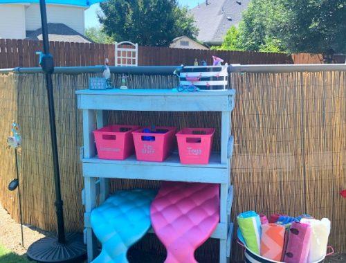 umbrella, pool, baskets
